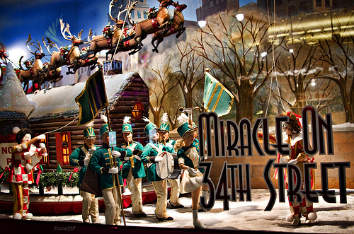 New NY Now > New York City's Iconic Holiday Window Display's